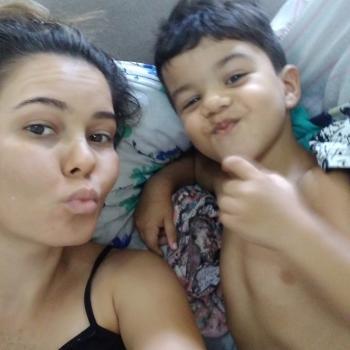 Babysitter Lisboa: Rose