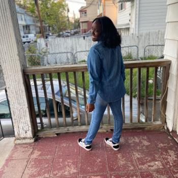 Babysitter Newark: Jaylah