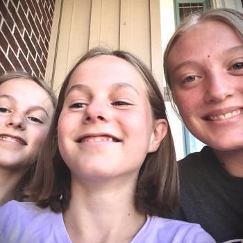 Babysitter Colorado Springs: Hannah, Jordyn, Audrey