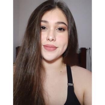 Niñera en Guácima: Allison
