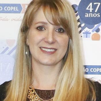 Emprego de babá em Curitiba: emprego de babá Camila M.
