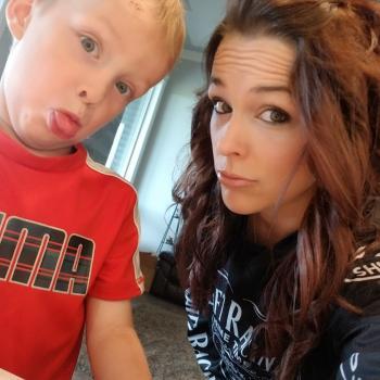 Babysitting job Leduc: babysitting job Jody