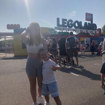 Babysitter in Milton Keynes: Chloe