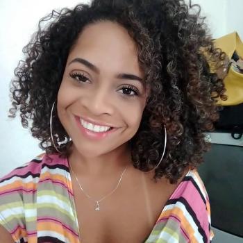 Babysitter Viana do Castelo: Marcella