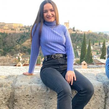 Babysitter Cordova: Lucía Córdoba