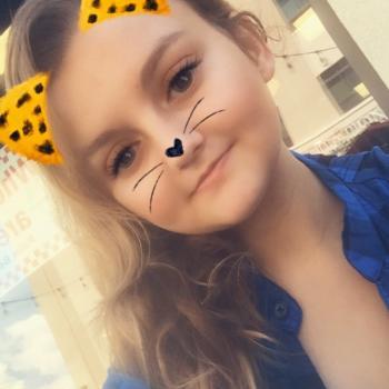 Babysitter in Kansas City: Carlee