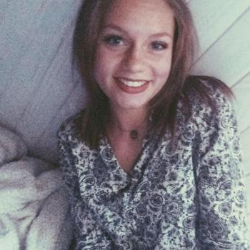 Baby-sitter Lyon: Clara