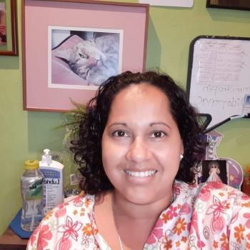 Niñera en Calle Blancos: CLAUDIA VANESSA