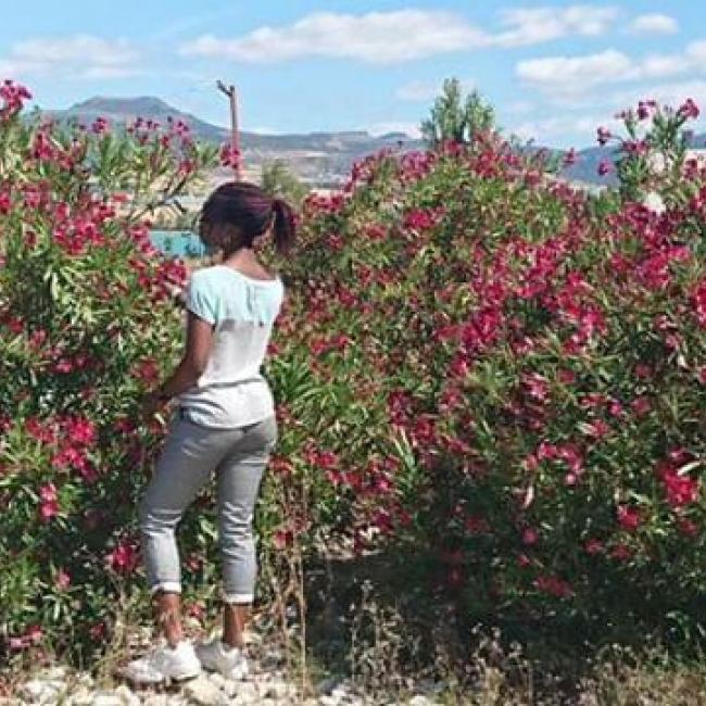 Niñera en Pamplona: Promesa