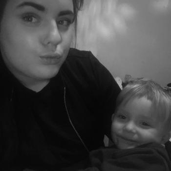 Babysitter Dudley: Courtney