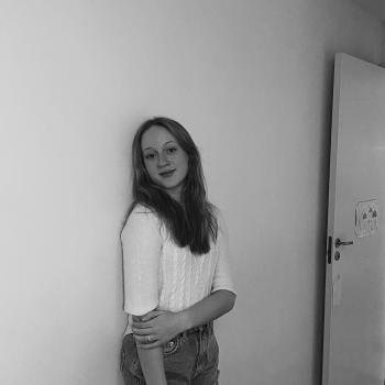 Babysitter in Nesbru: Emilie