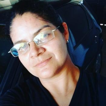 Babá Fortaleza: Jeovania Paiva