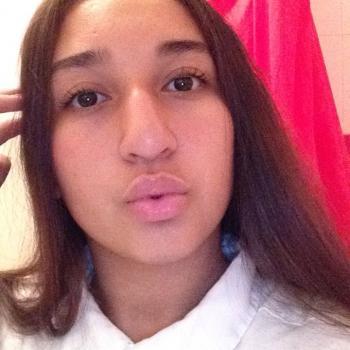 Babysitter Colombes: Yasmina