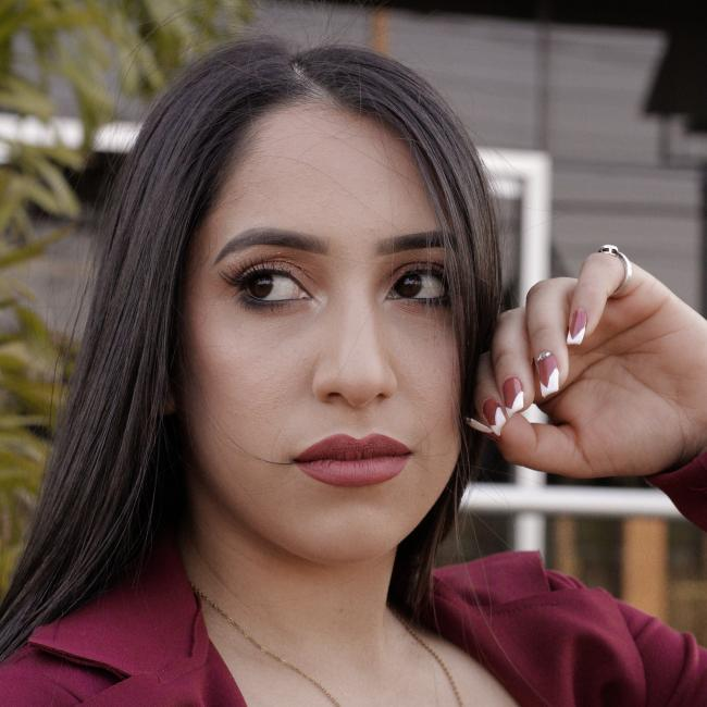 Niñera en Ciudad del Este: Camila
