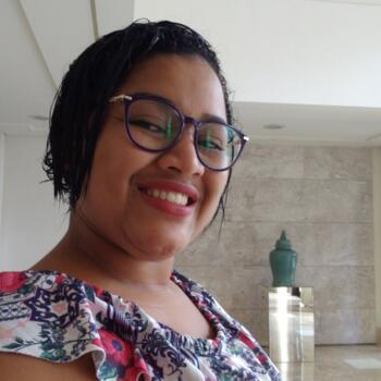 Babá em Salvador: Verônica