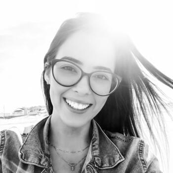 Babysitter in Criciúma: Amanda