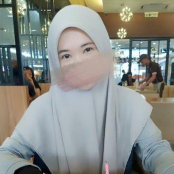 Babysitting job in Shah Alam: babysitting job Farah