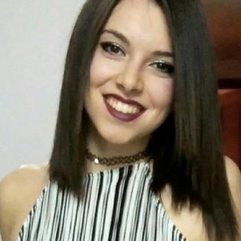 Niñera Granada: Aurora
