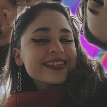 Babysitter in Tubarão: Julia