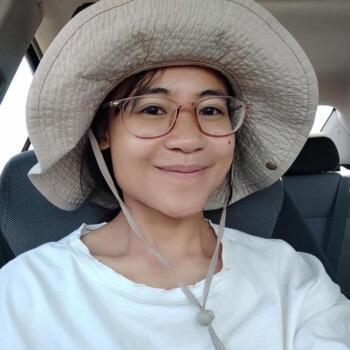 Babysitter in Launceston: Vi Nguyen