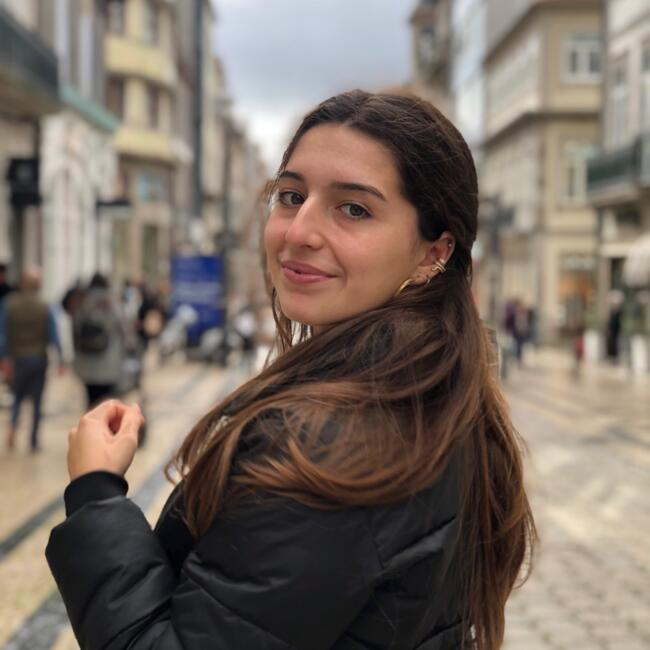 Babysitter in Vila Nova de Famalicão: Carolina Pereira