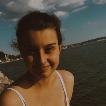 Babysitter Trieste: Alice