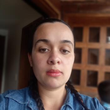Niñera Medellín: Julieth