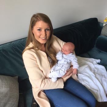 Babysitter Queenstown: Alva