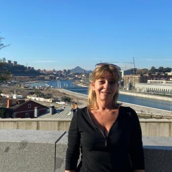 Babysitter in Bilbao: María