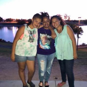 Babysitter in Tucson: Aujwanae