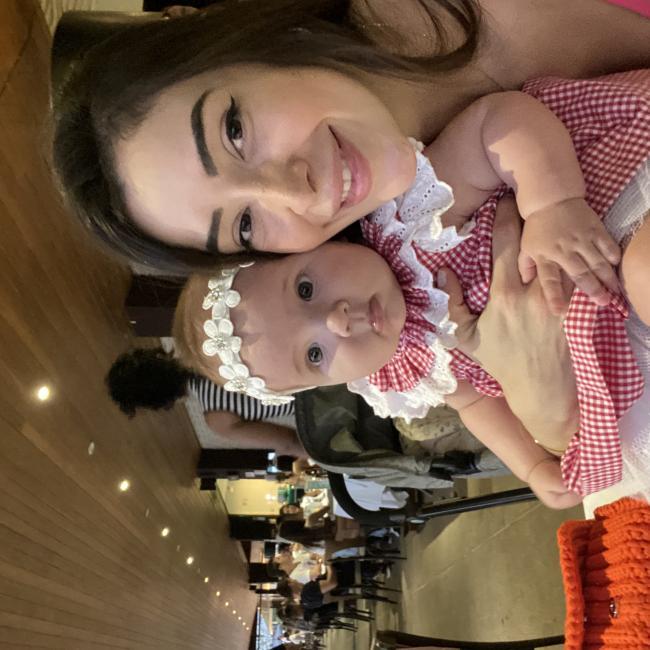 Emprego de babá em Goiânia: Thais