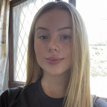 Babysitter in Port Talbot: Paige