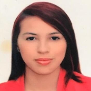 Babysitter Medellín: Valentina