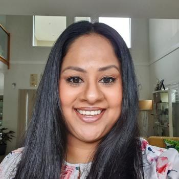 Babysitter East Melbourne: Chari