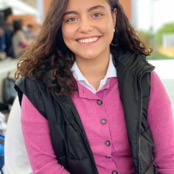 Niñera León: Laura Fernanda
