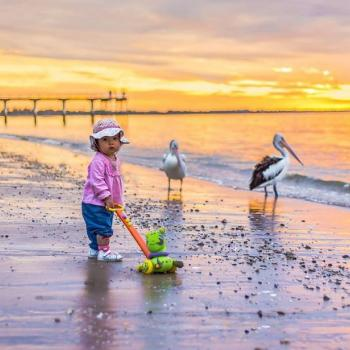Babysitting job Hervey Bay: babysitting job Yan