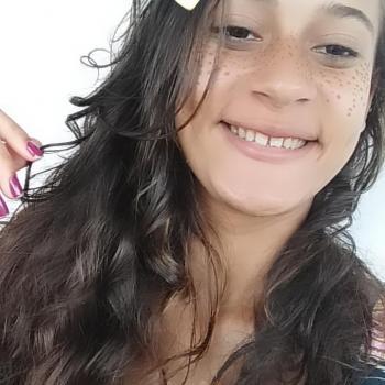 Babá Araçoiaba (Pernambuco): Raiani