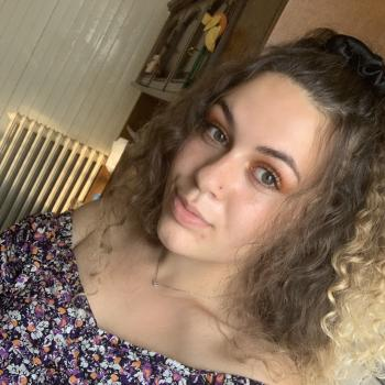 Baby-sitter in Montluçon: Léa