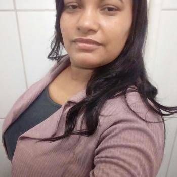 Babysitter Brasília: Aparecida Cristina Santos silv