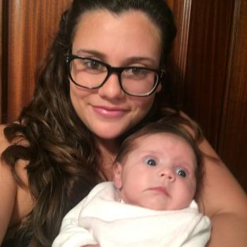 Babysitter Lagos: Melanie