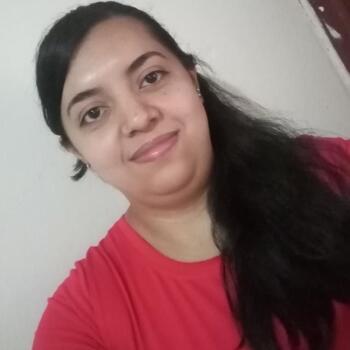 Niñera en San José: Gabriela