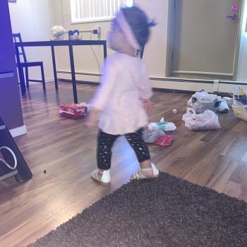 Babysitting job in Edmonton: babysitting job Riane