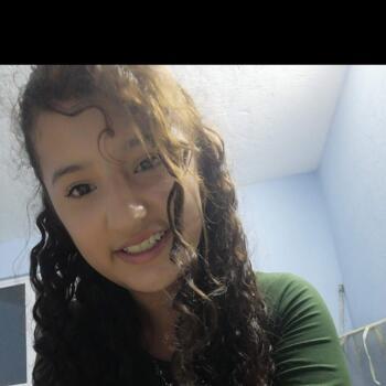 Babysitter Querétaro City: Paola