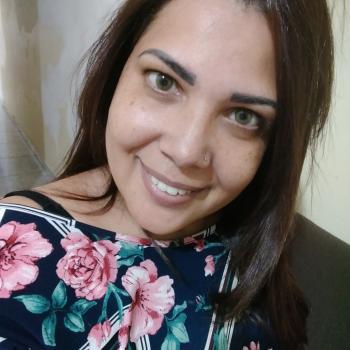 Babá Guarulhos: Valéria