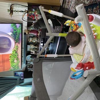 Babysitting job in Singapore: babysitting job Alva
