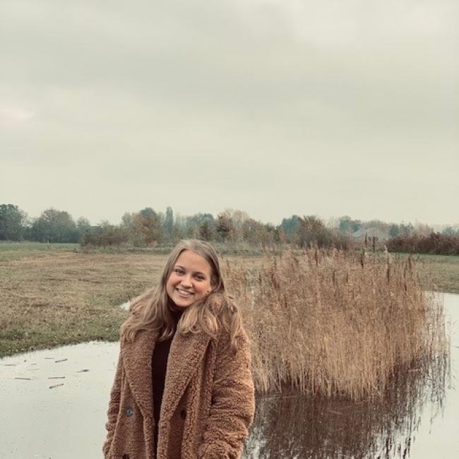 Oppas in Veenendaal: Daphne