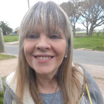 Babysitter Montevideo: Leticia