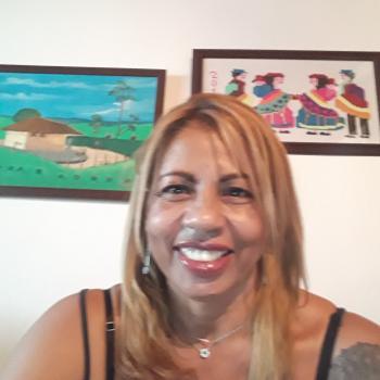 Niñera Bello: NELIDA ROSA