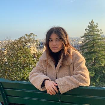 Baby-sitter Versailles: Ines