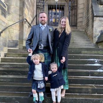 Babysitting Jobs in Glasgow: babysitting job I Stewart